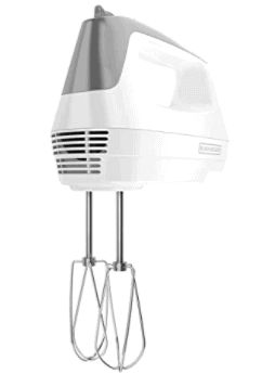 BLACK+DECKER Lightweight Hand Mixer is the Next affordable Best Mixer to KitchenAid. cheap effective. dough making. bread homemade. Kitchen must-have