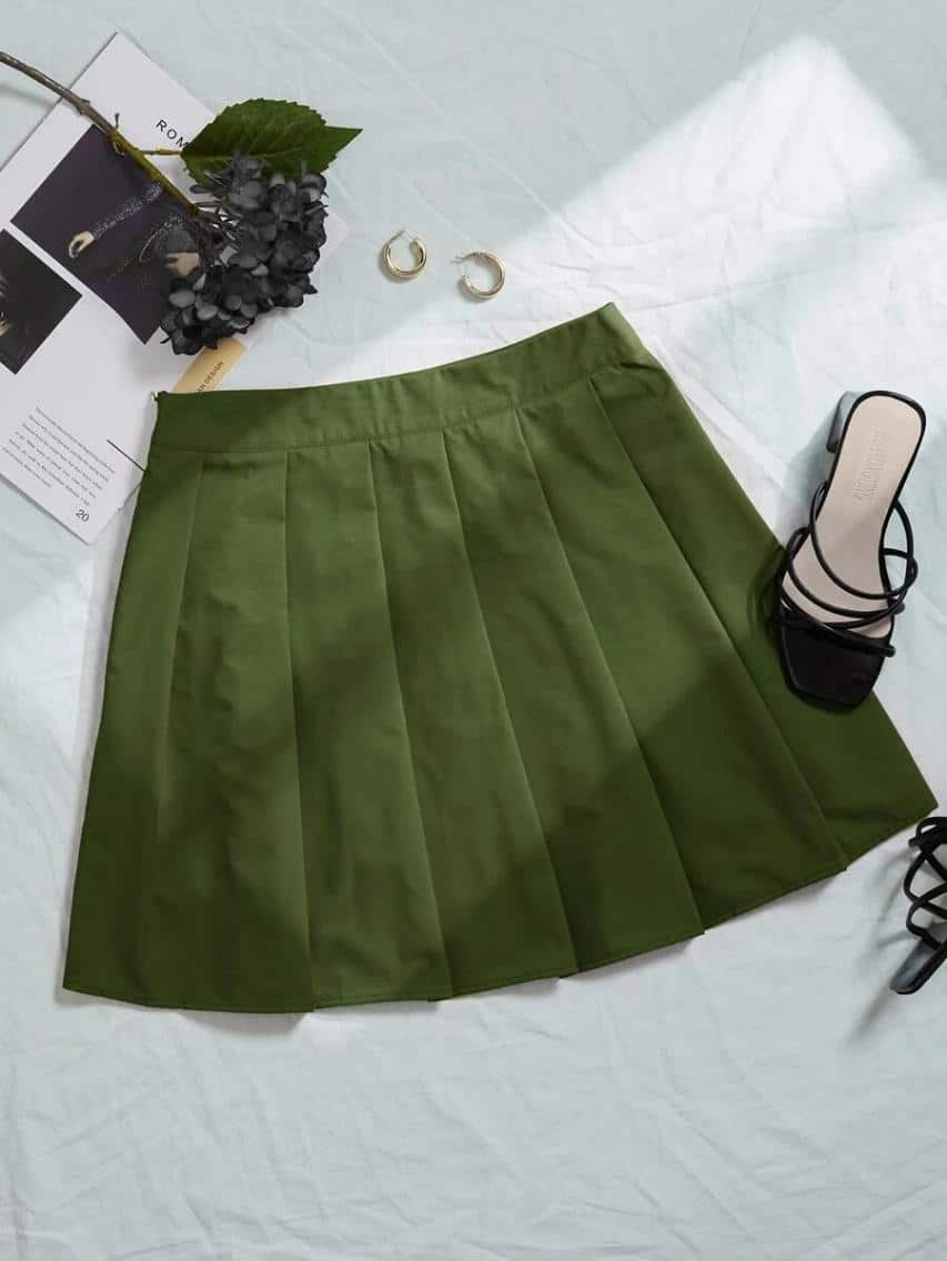 Plus Solid Pleated Skirt is the Best House of Sunny Shein dupes, The Best SHEIN Dupes for the House of Sunny Clothing, 10 affordable shein clothing picks, Where to Find House of Sunny Dupes, we tried shein house of sunny dupe for you